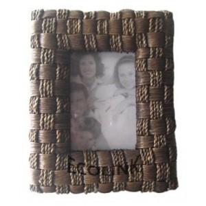 http://www.ecolink-ebei.com/27-145-thickbox/bs-rp3701-rattan-photoframe.jpg